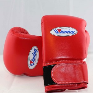 Winning Boxing Gloves (Velcro/Red)
